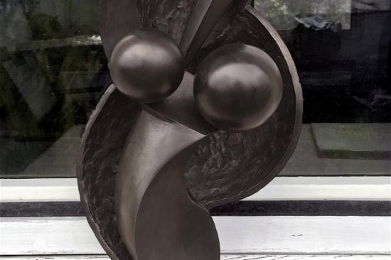 Dancer (bronze sculpture, 14,6in H x 8in W x 6in)